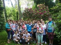 Gimnazjaliści w arboretum w Rogowie_1