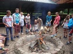 Gimnazjaliści w arboretum w Rogowie_7